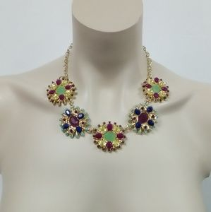 Jewelry - NWT Olde English Necklace Set